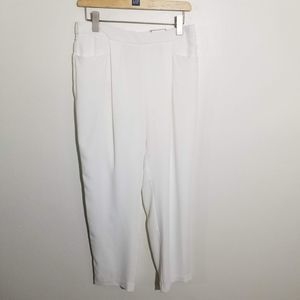 Chico's Woven Ankle Pants White 1 NWT Slimming